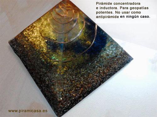 Concentrador e indutor de pirâmide de orgonita